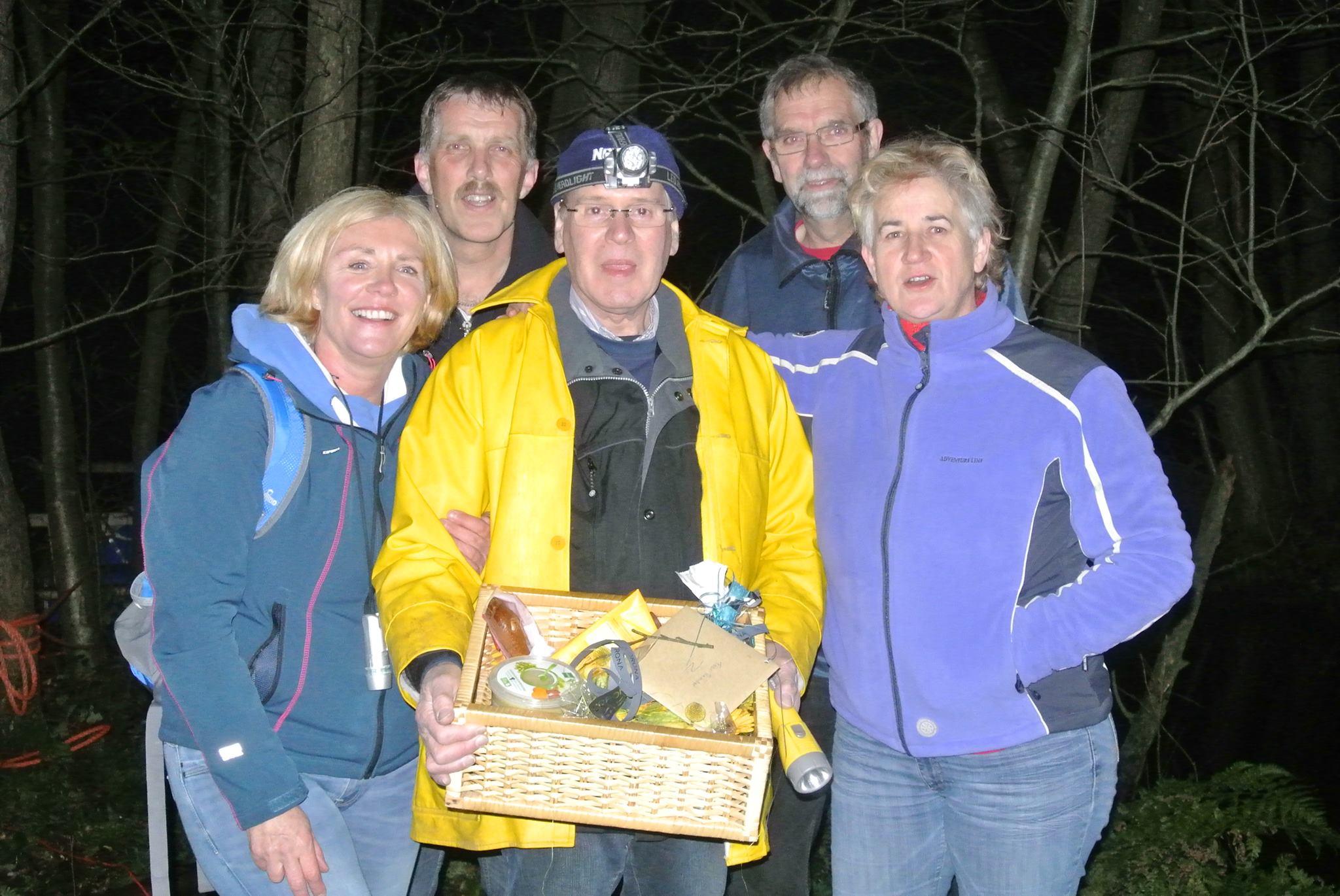 Oud-vrijwilligers eren Reinder de Vries